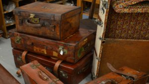 luggage-crop-resize