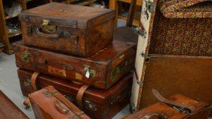 luggage-crop-resize